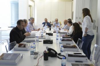 طلاب في دورة إدارة المشاريع في أمديست لبنان