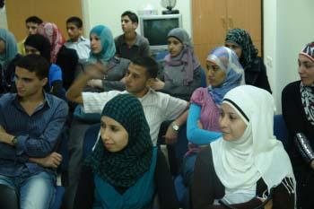 طلاب خلال دورة تعليمية